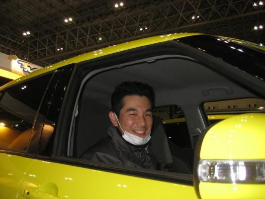 鈴木部長! なんだかマスクが族っぽい・・・。